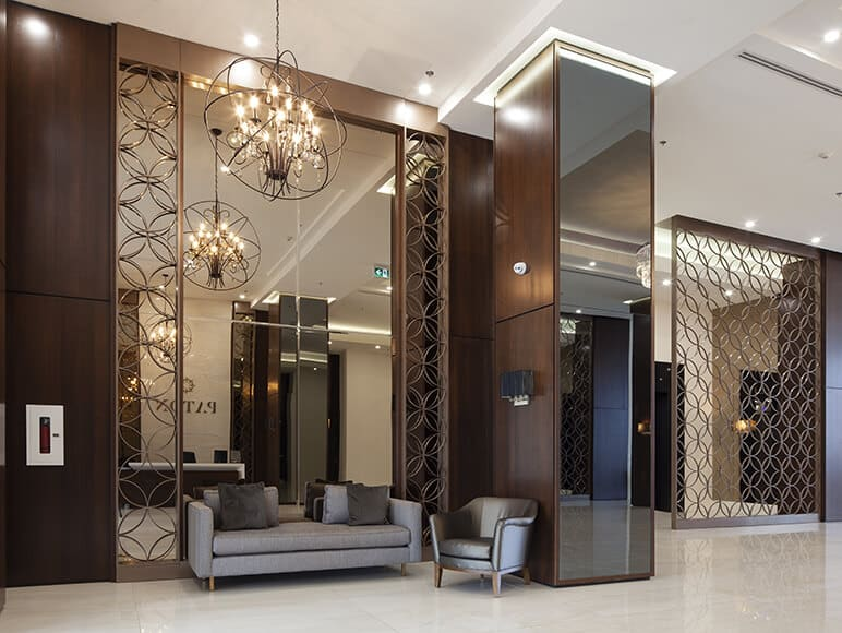 Mirrors and daylighting: An enlightened partnership!