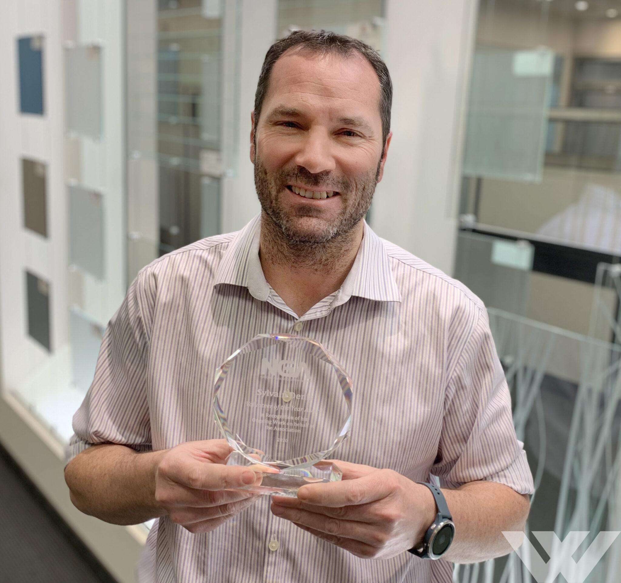 Sylvain Denis de La Verrerie Walker remporte le prix du Bénévole de l'année 2020